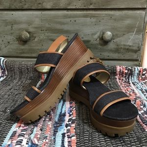 d0478a64eaad KORS Michael Kors Shoes - Michael Kors -Gillian Wedge platform Leather Trim